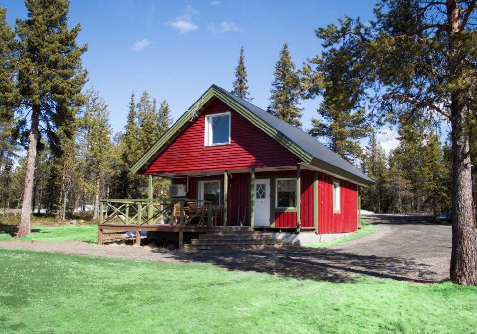 8-bed-cabin-summertime